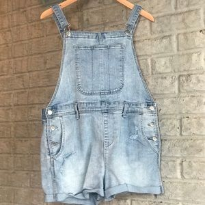 Old Navy Pants | Light Wash Denim Overall Shorts